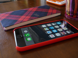 iphone_red_hobo